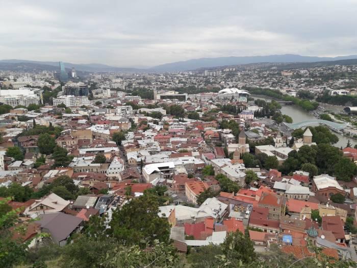 Старый город Тбилиси вид на старый город