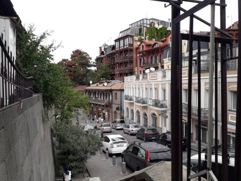Тбилиси Центр Старый город Каменная лестница