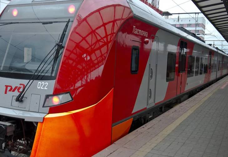 Фирменный поезд Ласточка Россия