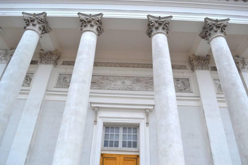 Колонны собора Святого Николая в Хельсинках